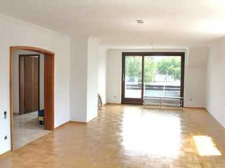 Schöne 3-4 Zimmer Maisonette-Wohnung mit 2 Balkons