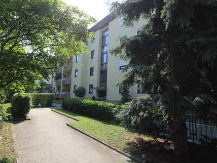 Geplegte 3-Zimmer-Wohnung mit 2 Balkonen und TG Stellplatz - einziehen und wohlfühlen!