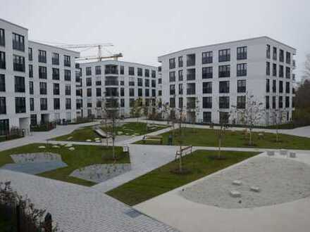 Neubau / Erstbezug: sehr schöne, helle 3 Zi. - Wohnung mit Loggia in München Aubing
