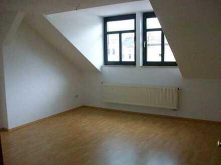 2 Raum im Dachgeschoss in Oelsnitz
