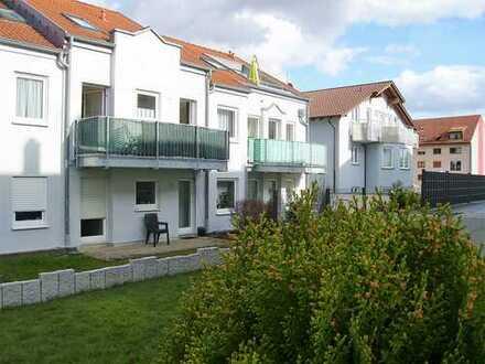 Pforzheim - Maihälden : Gepflegte 2 Zi. ETW mit sonnigem Balkon im 1. OG