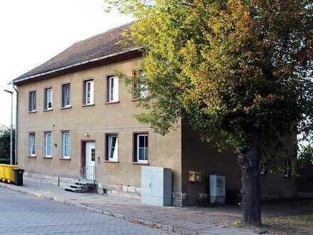 teilsaniertes 4-Familienhaus in Straußfurt zu verkaufen