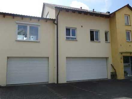 Schöne 5-Zimmer-Maisonette-Wohnung mit Balkon und Einbauküche in Bönnigheim Ortsteil Hohenstein