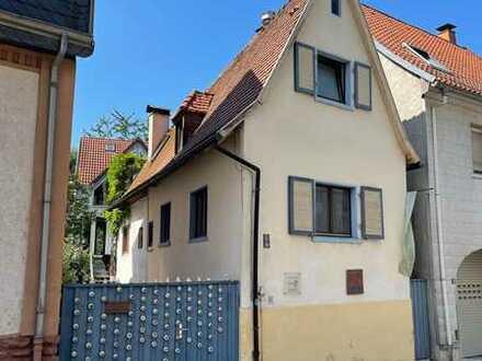 Wunderschönes Wohnhaus mit Atelier/Ausbaureserve in Karlsruhe-Grötzingen