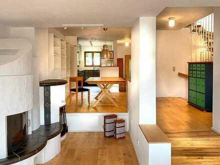**Ideal für Paare**Attraktives Reihenhaus mit EBK, Terrasse, Balkon, Garage und tollem Ausblick