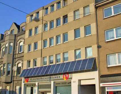 Helle DG-Wohnung mit Einbauküche, WG-geeignet, ganz zentral