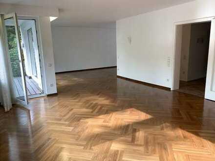 """www.s-h-i.de: """"Familien-Domizil mit Garten und 2 x Garagen"""""""