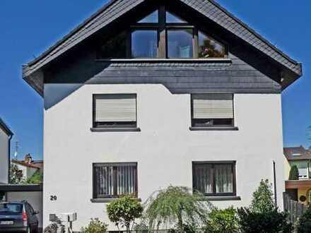 Helle 3 Zimmer-Wohnung mit Wintergarten (provisionsfrei)