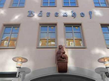 **Wohnen im Bärenhof** schicke 2- Raum Wohnung mit Lift und Tiefgaragenstellplatz **