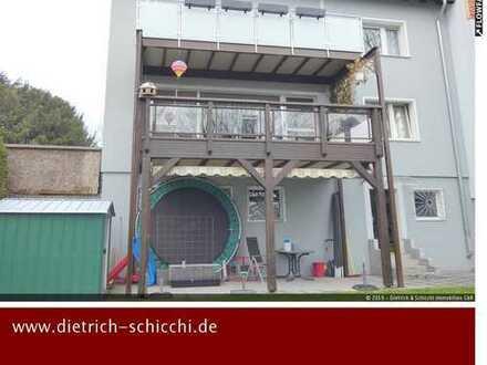 Zweifamilienhaus in grüner Lage