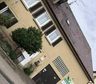 Schönes Bauernhaus mit neun Zimmern in Esslingen (Kreis), Frickenhausen