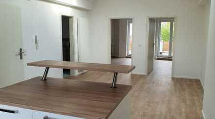 Exklusive, vollständig renovierte 3-Zimmer-Wohnung mit Balkon & Einbauküche in Dietzenbach Steinberg
