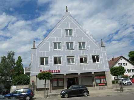 **Ideal für Kapitalanleger**Im Herzen von Türkheim**Top gepflegtes Mehrfamilienhaus mit Gewerbe**