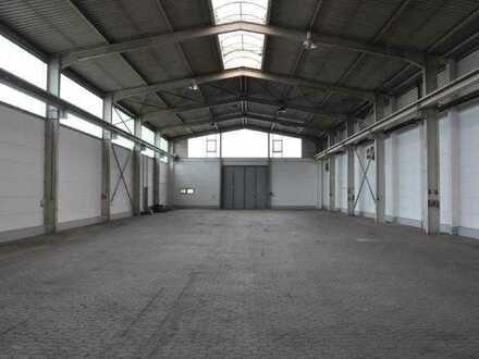 Halle ab ca. 600 m² - ca. 1.300 m² mit Hallenkran 16 to - zu vermieten