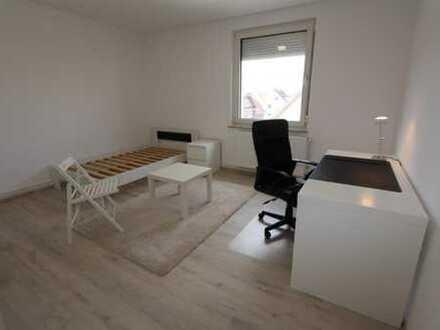 möbliertes WG Zimmer 17qm in 3 WG Neugründung in komplett neu sanierter 61qm Wohnung