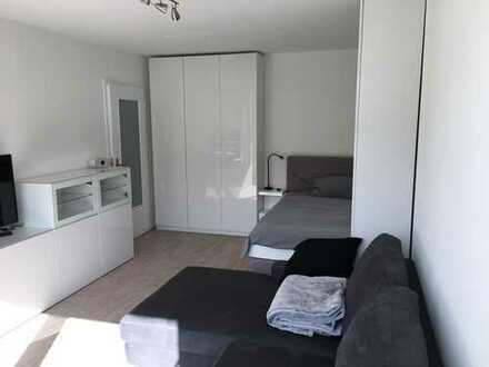 Erstbezug nach Sanierung: möblierte 1-Zimmer-Wohnung mit EBK, Balkon und TG-Stellplatz in Neuhausen