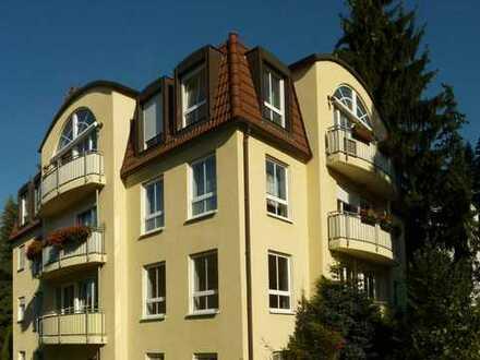 Drei-Zimmer-Wohnung mit EBK in bester Lage in Radebeul