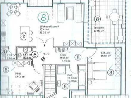 Neuwertige 3-Zimmer-Penthouse-Wohnung mit überdachtem Balkon und EBK in Wedemark