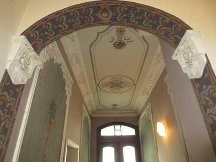 85/17 - vermietete und renovierte 2-Zimmer-Maisonette-ETW mit Balkon im EG / 1.OG in Plauen