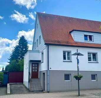 Zentralgelegene freundliche 4,5-Zimmer-Doppelhaushälfte mit grüner Oase zur Miete in Ostfildern-Ruit