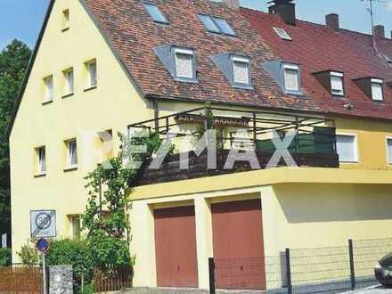 Nürnberg Zabo: Familienfreundliches 3-Parteien-Haus mit Sauna, Schwimmbad und 2 Garagen.