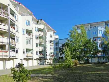 Bezugsfreie Balkonwohnung in grüner und gepflegter Wohnanlage