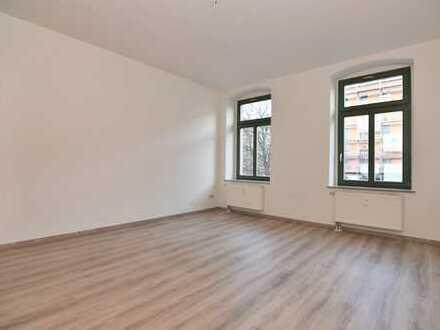 Super Wohnung mit Balkon in Schloßchemnitz!