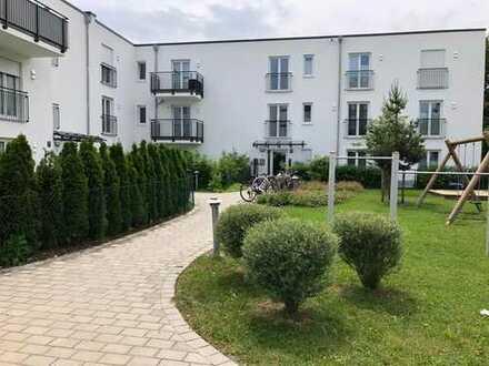 Helle 3-Zimmer Wohnung mit eigenem Garten