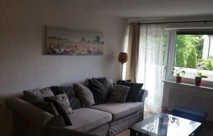 Ottobrunn: gut geschnittene und großzügige 4-Zimmer-Wohnung mit Wintergarten und Blick ins Grüne !