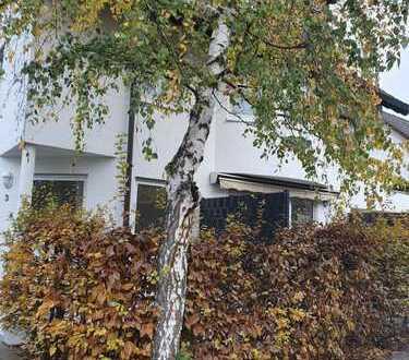 Erstbezug nach Sanierung: exklusive 2-Zimmer-Wohnung mit Einbauküche Terrsasse in Ma - Niederfeld