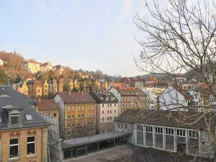 Modernisierte 4,5 Zimmer-City-Wohnung mit Balkon in Frischluftschneise