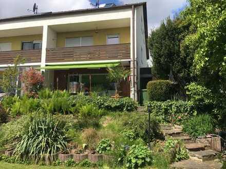 PROVISIONSFREI – Doppelhaushälfte mit 4 Schlafzimmern in unbezahlbarer Nachbarschaft in Bergheim