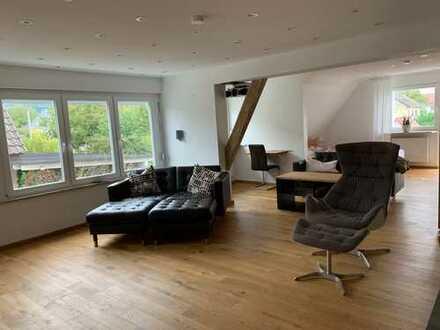 Traumhafte Wohnung frei ab sofort! Hell, modern, Maisonette!