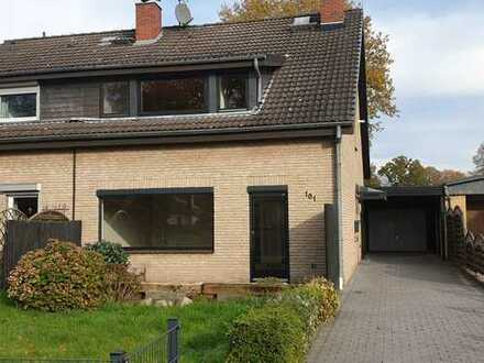 Familienfreundliche Doppelhaushälfte mit Blick ins Grüne in Bremen-Rönnebeck