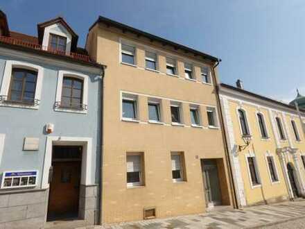 Stadthaus in Eschenbach mit zwei Wohneinheiten und Gewerbe