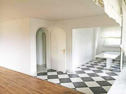 Schönes 5-Zi Penthouse mit extragroßer Dachterrasse in Neu-Isenburg Gravenbruch
