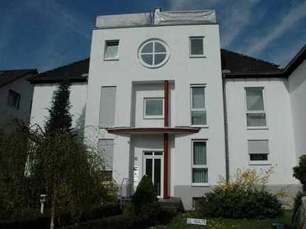 Großzügige DG-Maisonette-Wohnung mit sonniger Dachterrasse