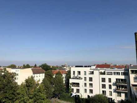 Helle 4-Zimmer-Dachgeschosswohnung im Komponistenviertel ab 01.01.2020 verfügbar