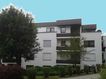 Großzügige 4-Zimmerwohnung in herrlicher Lage am Kreuzberg inkl. Stellplatz