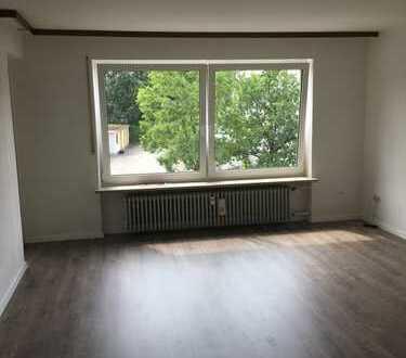 Kaufbeuren-Neugablonz: schöne teilsanierte 3-Zimmerwohnung mit zwei Balkonen