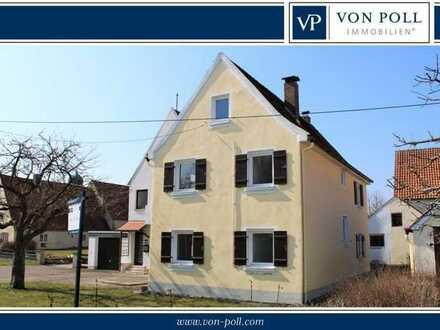 Entzückendes Häuschen mit Doppelgarage, gemütlicher Terrasse und Grünfläche für Singles oder Paare