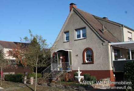 Modernisierte Doppelhaushälfte in begehrter Wohnlage von Neustadt-Glewe