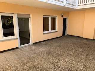 Erstbezug nach Sanierung: günstige 4-Zimmer-Wohnung mit EBK und Balkon in Schönsee