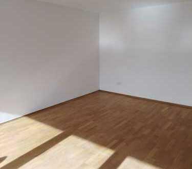 Vollständig renovierte 4,5-Raum-Wohnung mit Balkon in Kehl
