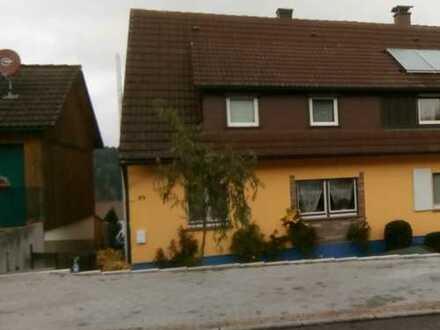 Schönes Haus mit vier Zimmern in Loßburg-Lombach, Freudenstadt (Kreis)