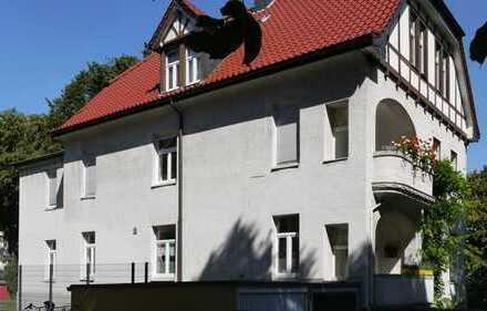 Im Gebotsverfahren: Großzügig & gepflegt! 5-Zimmer-Altbauwohnung in ruhiger, zentraler Lage