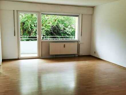 2 Zim.- Wohnung im Erdgeschoss mit Balkon