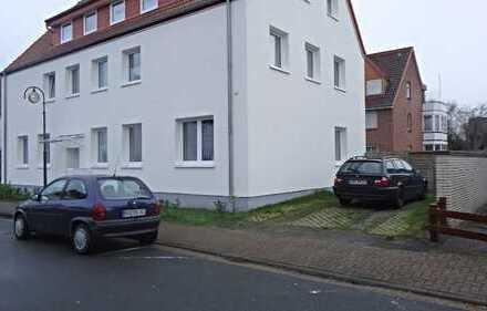 SOLLER - IMMOBILIEN Gepflegte Dachgeschosswohnung in ruhiger aber zentraler Lage in Lemwerder!