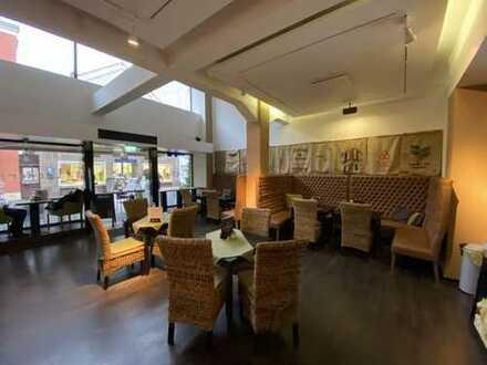 Ladenlokal / Restaurant in bester Lage ,in der Fußgängerzone v. Bad Oeynhausen zu mieten.