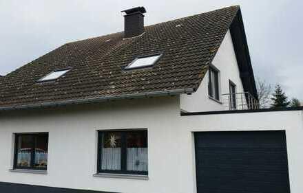 Erstbezug nach Sanierung: stilvolle 3-Zimmer-DG-Wohnung mit Balkon in Swisttal Odendorf